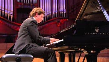JAYSON GILLHAM (PIANO)